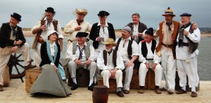 The Exmouth Shanty Men low res[10288]